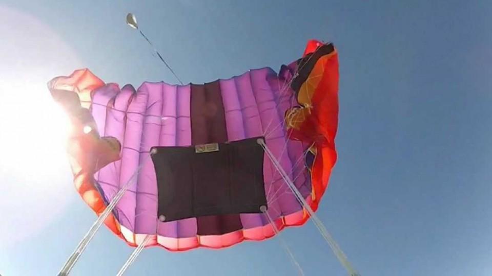 como se abre un paracaidas