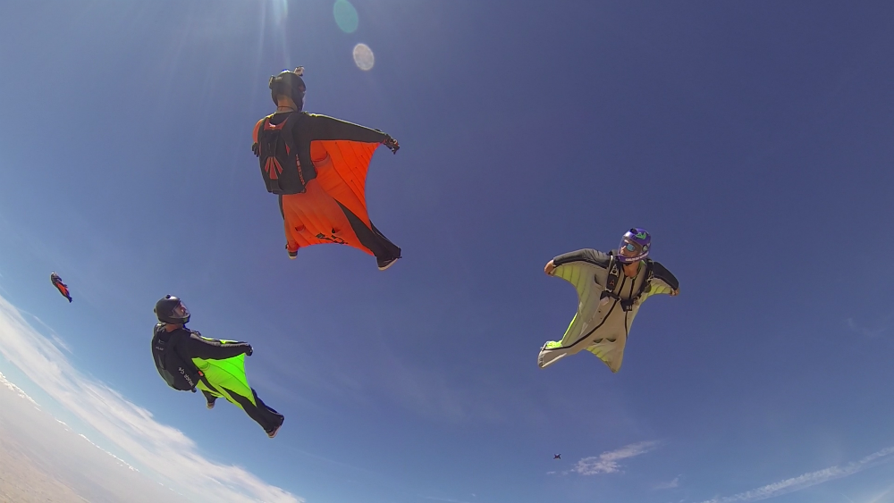 wingsuit_skydive_lillo