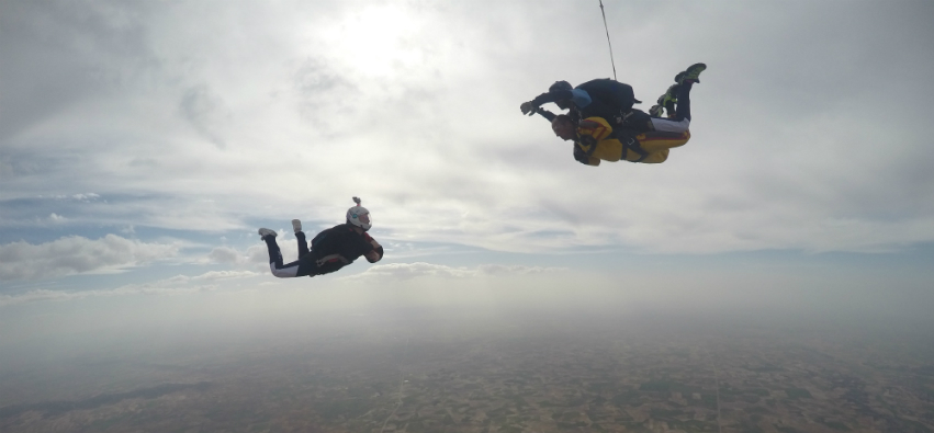 salto tandem con video
